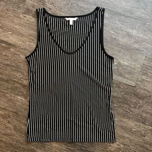 🖤 Banana Republic striped tank